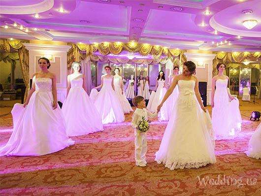 Показ свадебных платьев Novia D`Art и телеведущая Ольга Цибульская, Свадебный бал