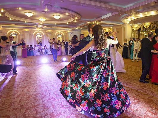Бал открытия свадебного сезона, Свадебный бал
