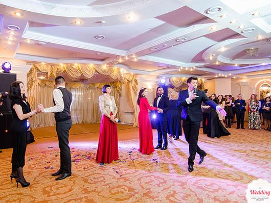 Гости Второго бала открытия свадебного сезона, Свадебный бал