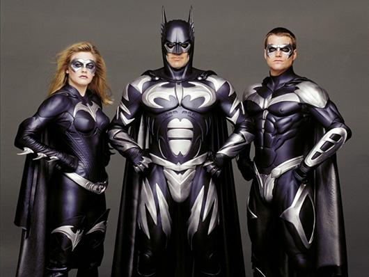 Бэтмен и друзья в загородном комплексе 'Бабушкин сад'