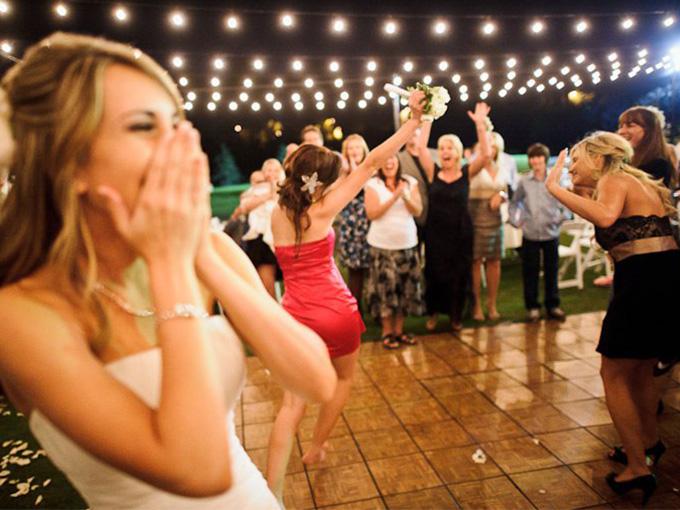 Эротические игры для гостей на свадьбе видео — photo 15