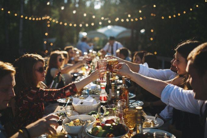 Первый свадебный тост - выбираем на свадьбу