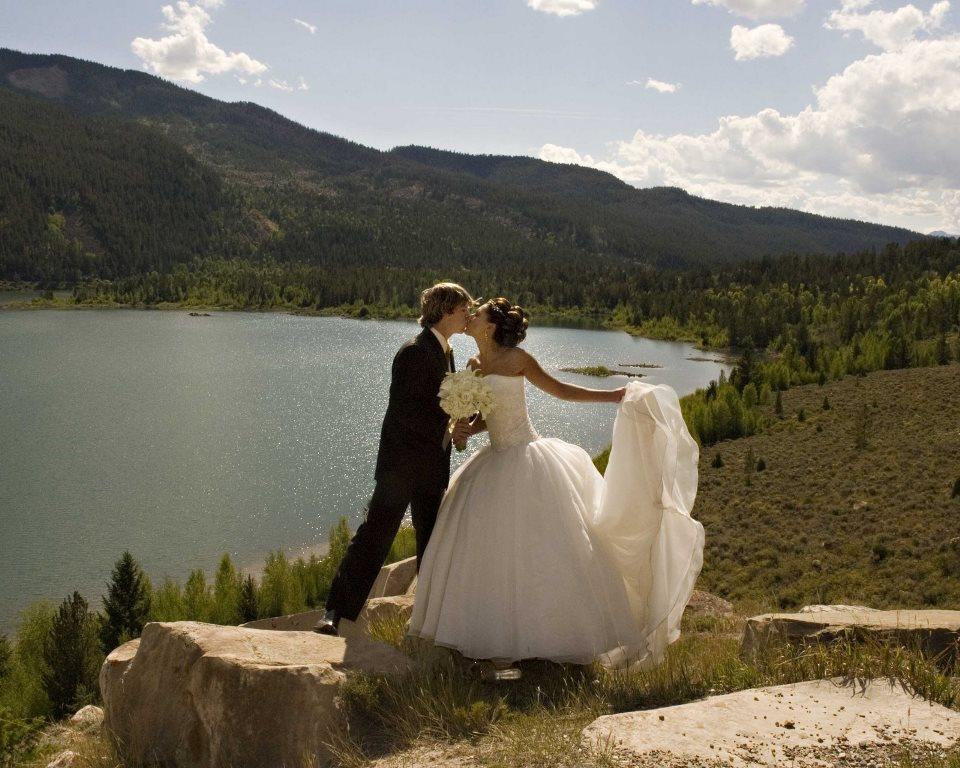 Свадебные фотографии на возвышенностях