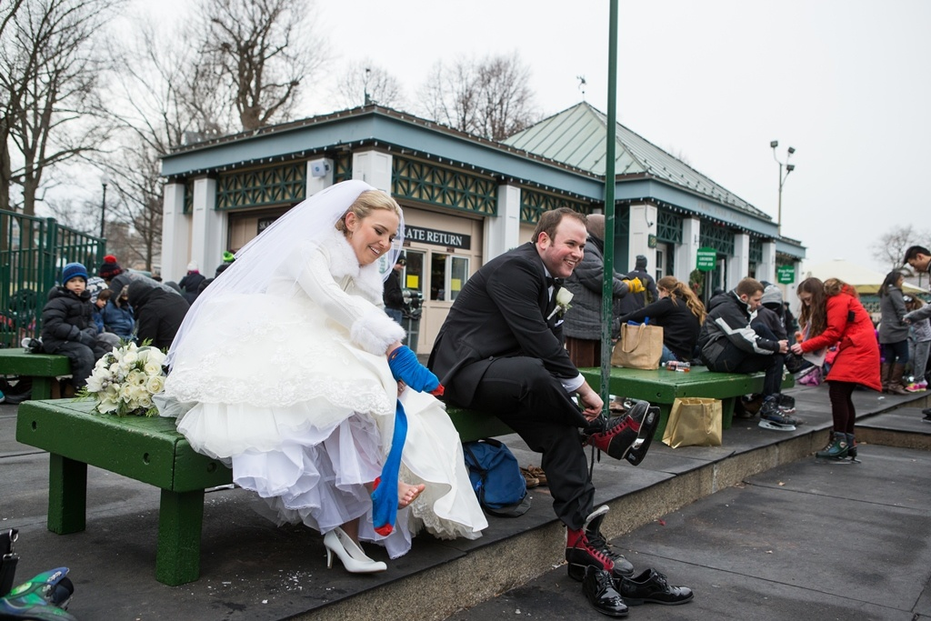 Свадебные фотографии на катке
