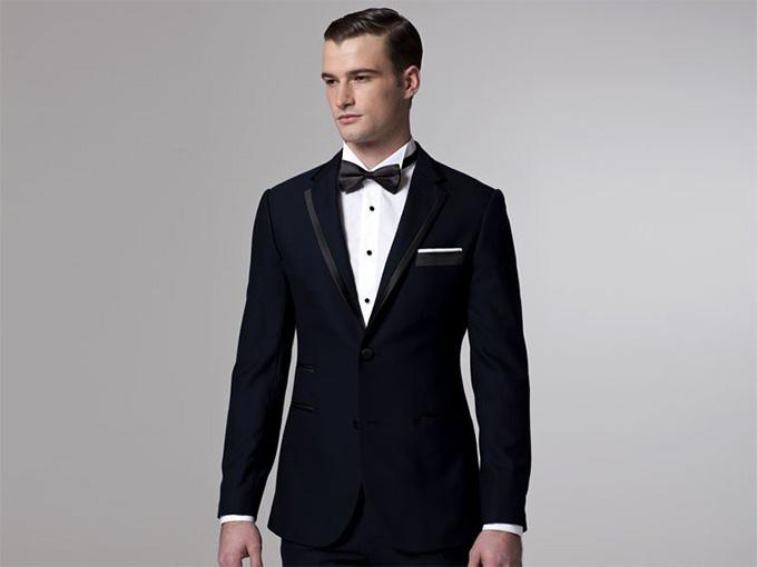 Чоловічі весільні костюми напрокат  bbf225d4c2e88