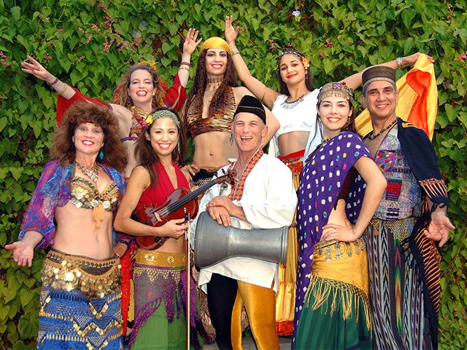 Цыганский коллектив на свадьбе