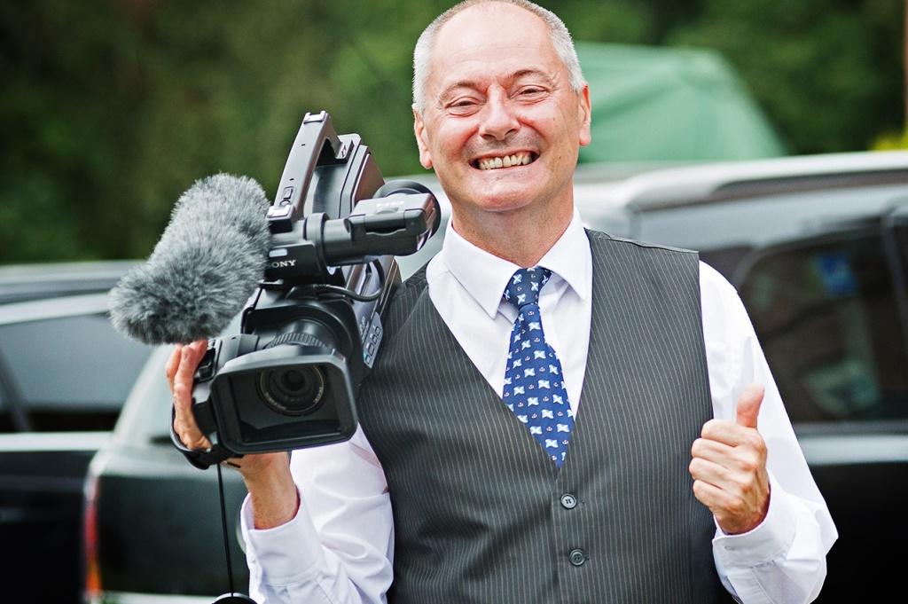 Свадебный видеограф и видеооператор – есть отличие?