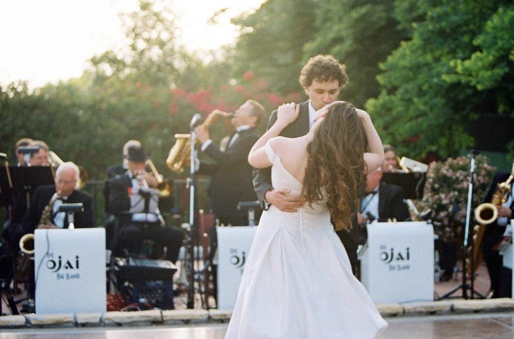 Как подбирается музыка и песни для свадебного клипа