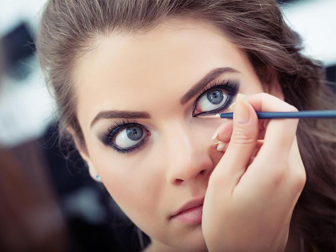 Делаем макияж глаз