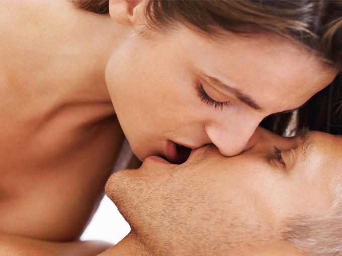 Оралным секс путем