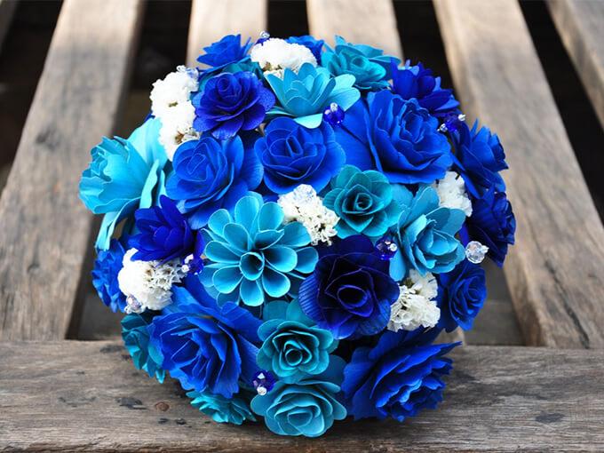 Синий свадебный букет невесты