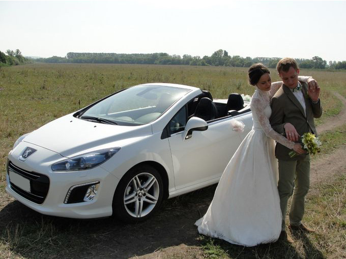 Свадебный автомобиль с откидным верхом-1