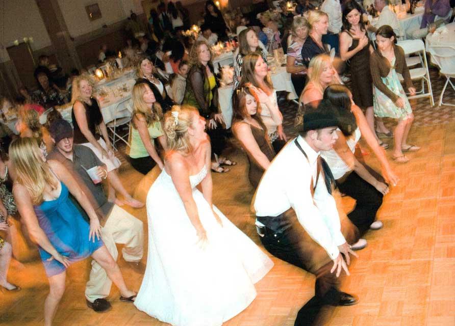 Почему нельзя обойтись без тамады на свадьбе?