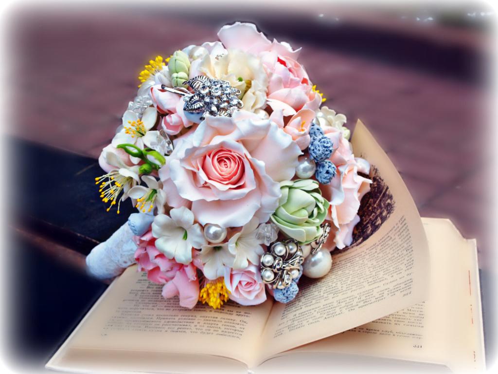 Цветы из холодного фарфора - новинка в свадебной моде