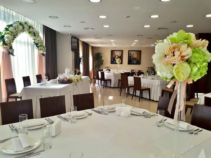 Свадебный банкет в гостинично-ресторанном комплексе