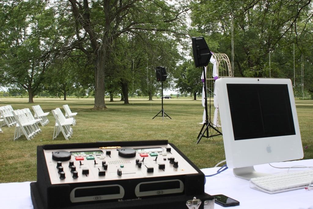 Качественное оборудование для музыкального сопровождения свадьбы