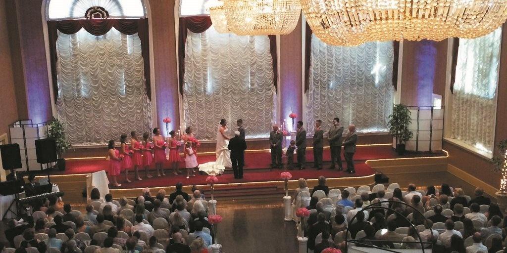 Свадебный распорядитель - незаменимый помощник в организации свадьбы