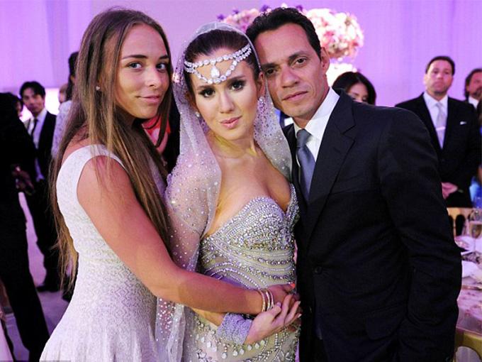 Представители шоу-бизнеса на свадьбе