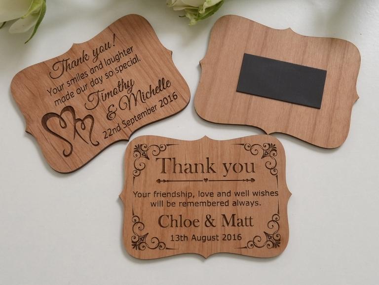 Пакеты, магниты как подарки гостям на свадьбу