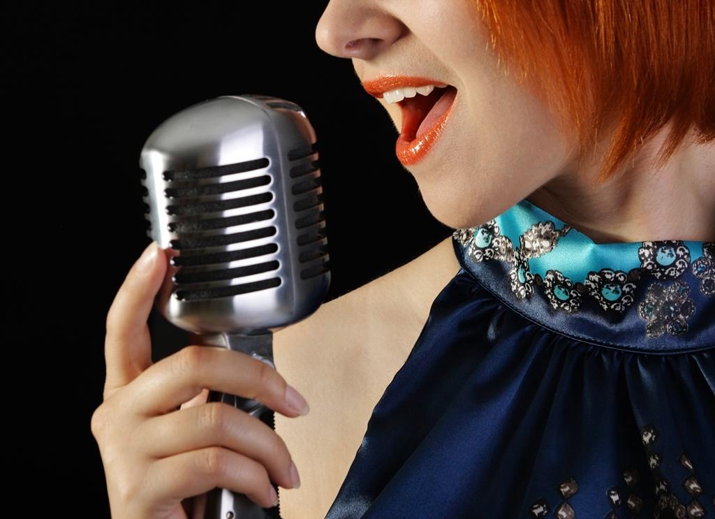 Певица для развлечения гостей
