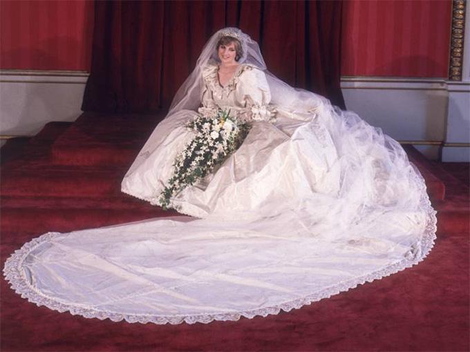 Свадебное платье Дианны, принцессы Уэльской