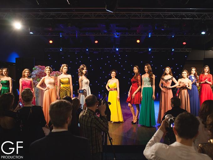 Показ вечірніх суконь від салону Royal Bridal