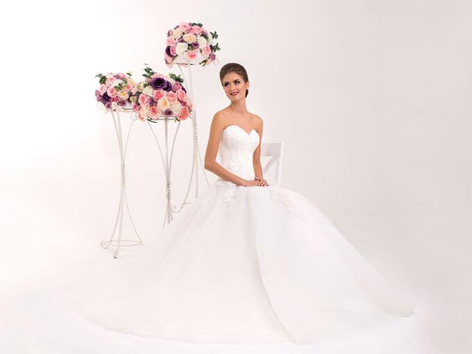 Платья коллекции Dream от студии свадебной моды 'Hadassa'