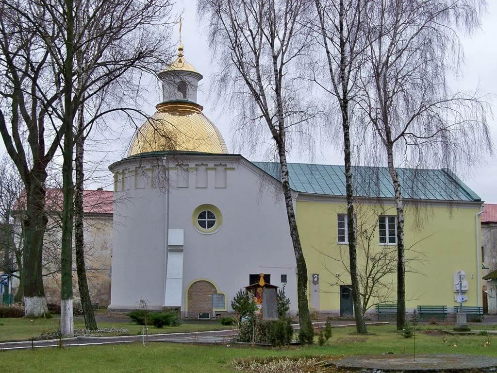 Луцьк_.Братська_Хрестовоздвиженська_церква_й_монастир