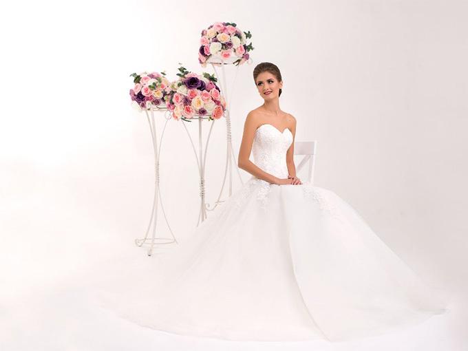 Подвенечное платье, студия свадебной моды 'Hadassa'