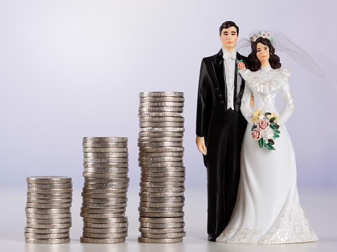 Как накопить деньги на свадьбу