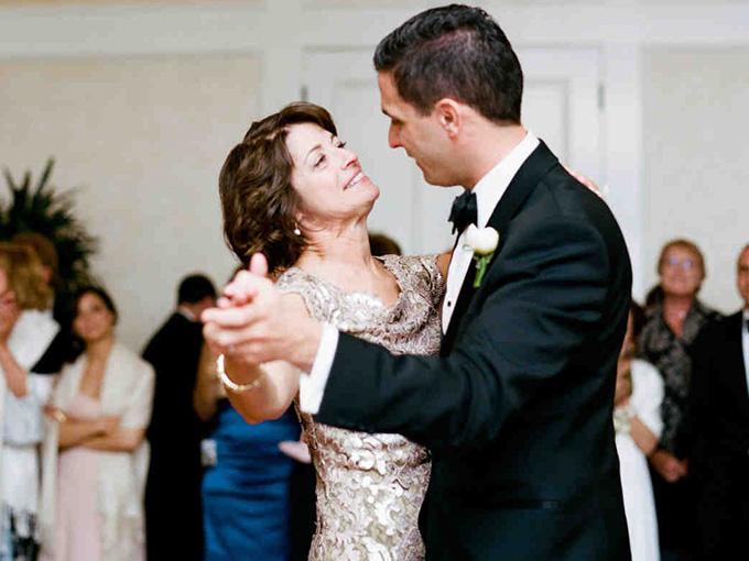 Мама жениха
