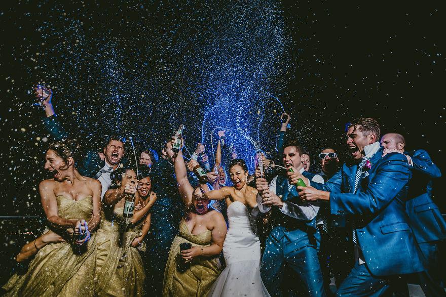 Эмоции в свадебных фото