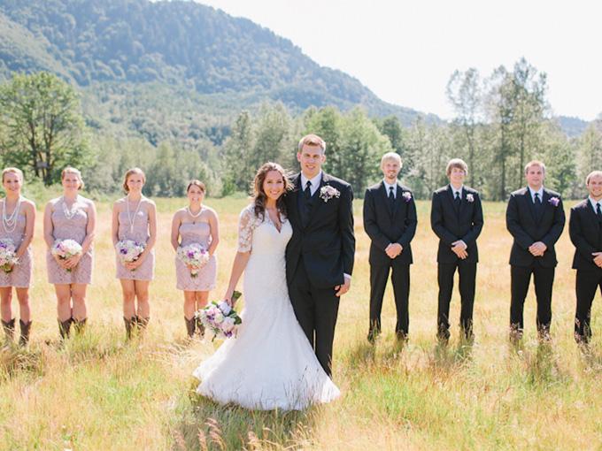 Наряды невесты и жениха