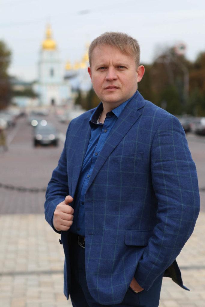 Дмитрий Лёушкин