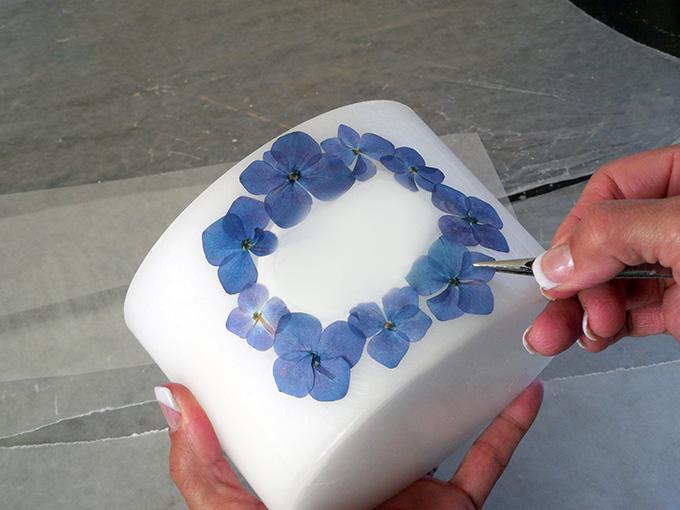 Прикрашаємо весільні свічки своїми руками