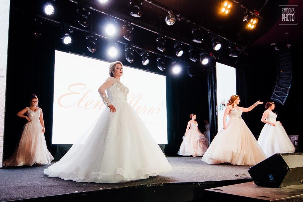 Показ свадбеных платьев size plus от Елены Морар