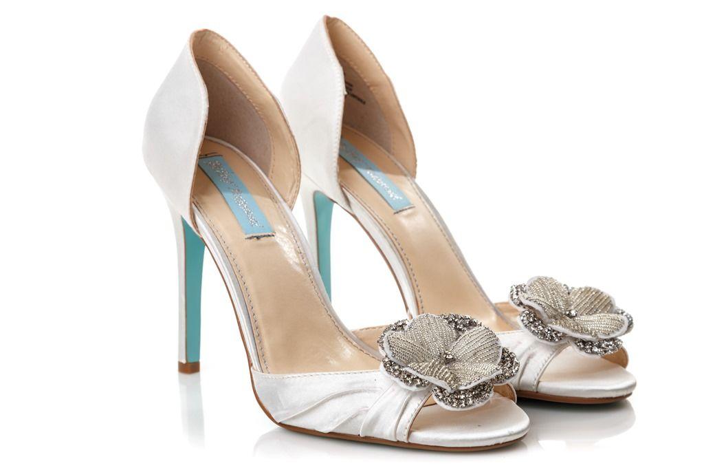 Обувь от магазина свадебной обуви For Bride