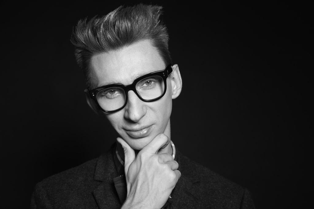 Ведущий Вячеслав Соломка