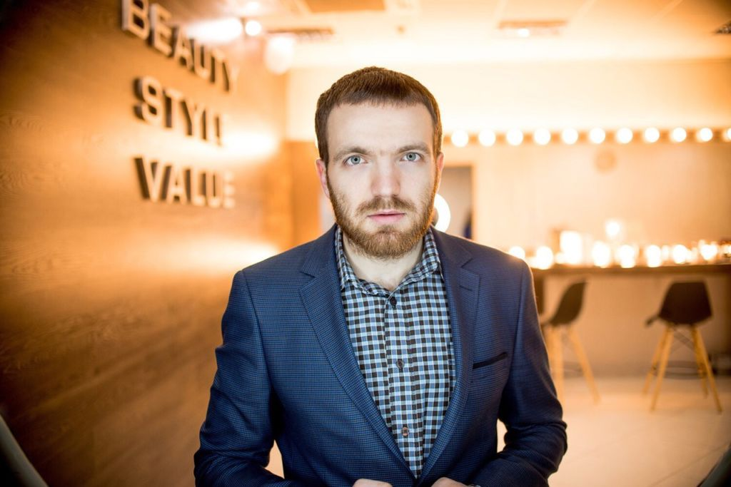 Роман Котиков