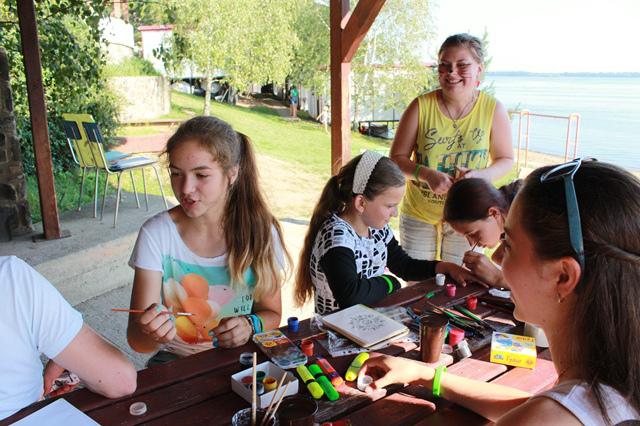 Европейский лагерь 'POINT CAMP' в гостях у Бабушки!