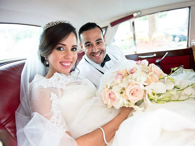 Свадебные наряды молодых