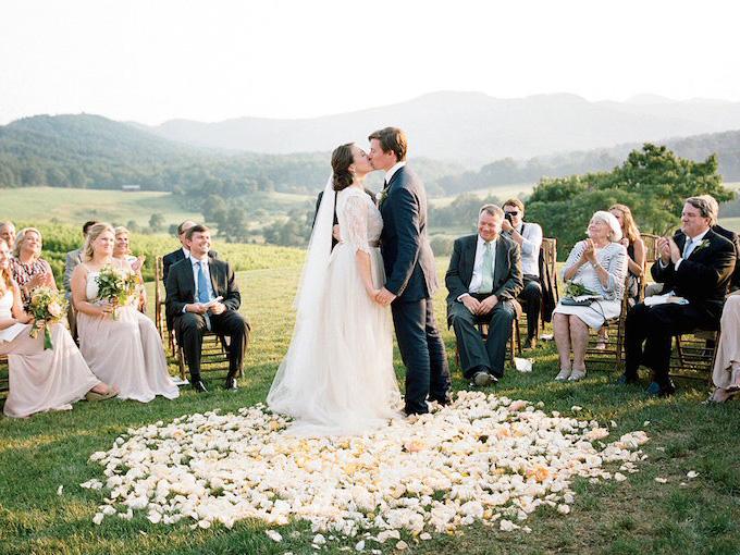 Камерная свадьба для самых близких друзей