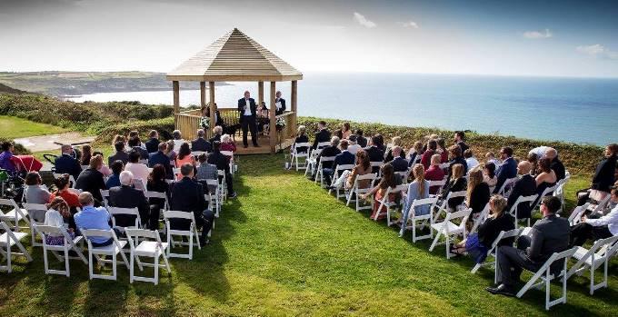 Большая свадьба: нюансы проведения масштабного мероприятия