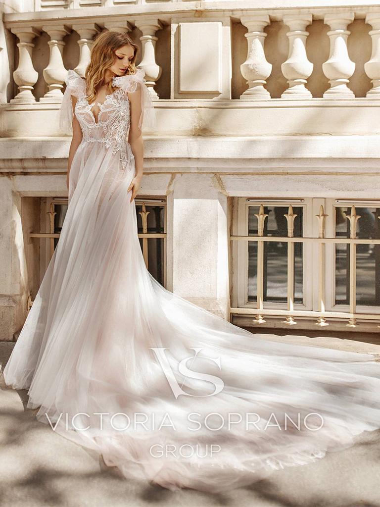 Свадебное платье Fleur от Victoria Soprano Group