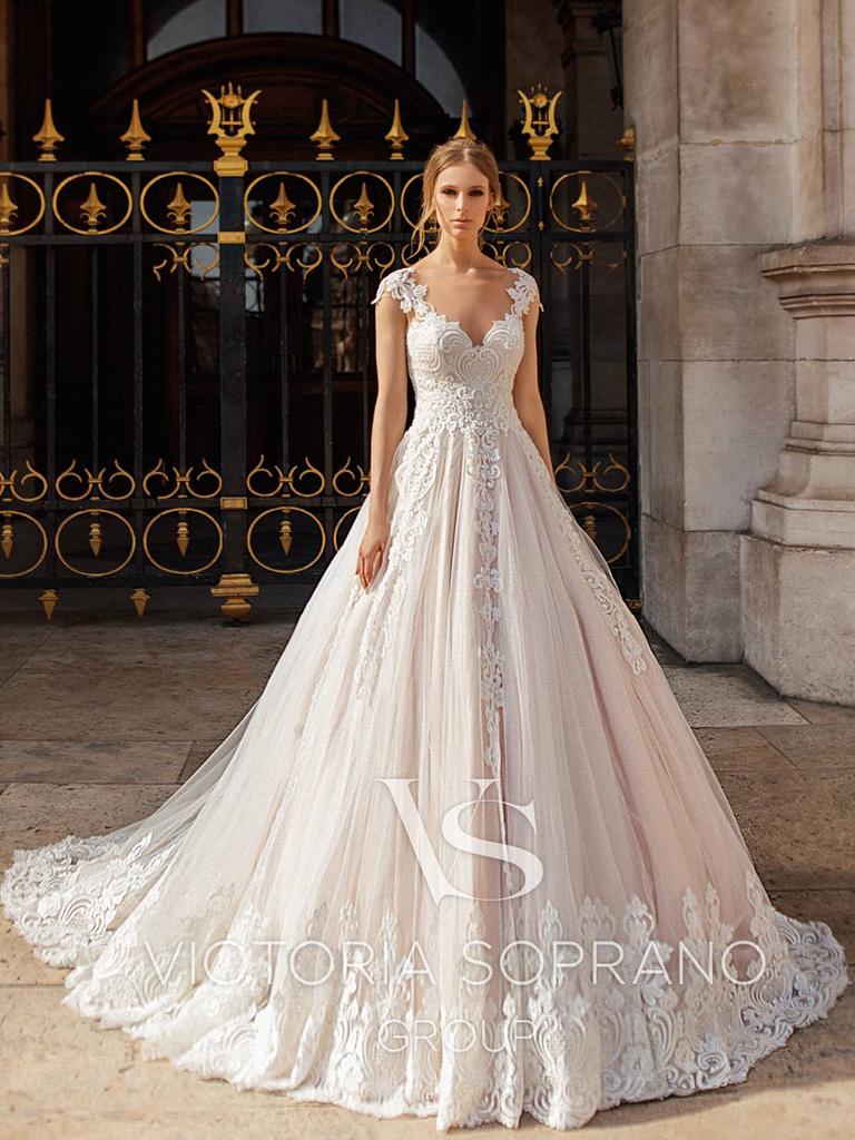 Свадебное платье Ivonna от Victoria Soprano Group