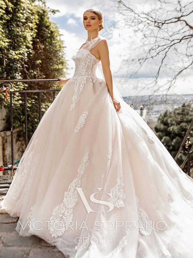 Свадебное платье Jakline от Victoria Soprano Group