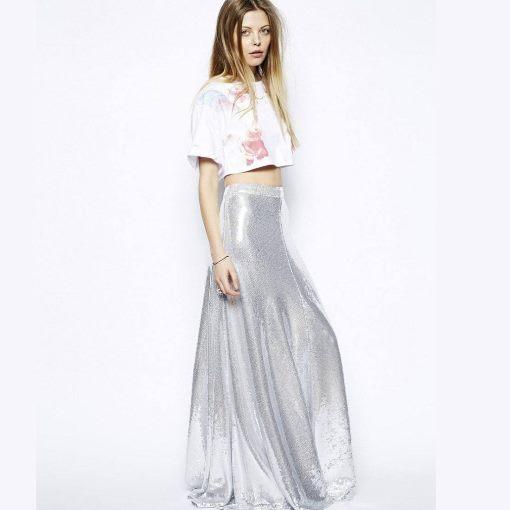Блестящая юбка и блузка