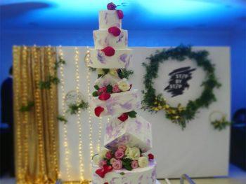 Ультрамодный свадебный торт геометрической формы от кондитерской Slastena