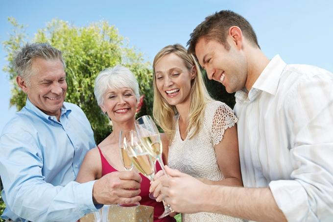 ТОП 5 правил выбора нарядов для родителей невесты и жениха