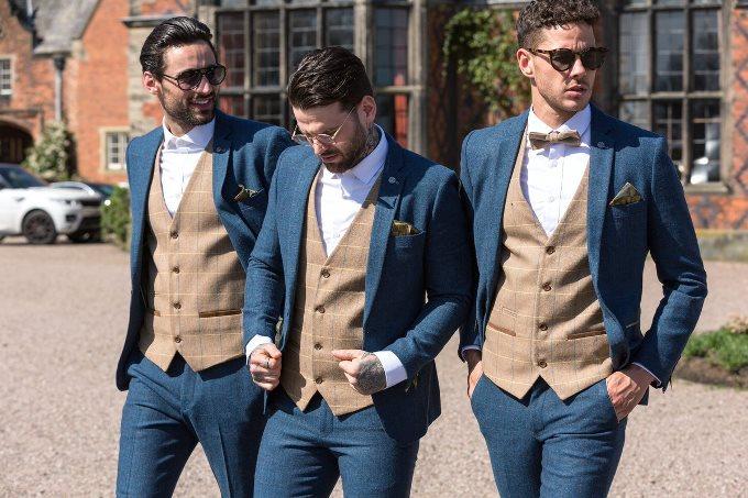 Свадебный костюм 2019